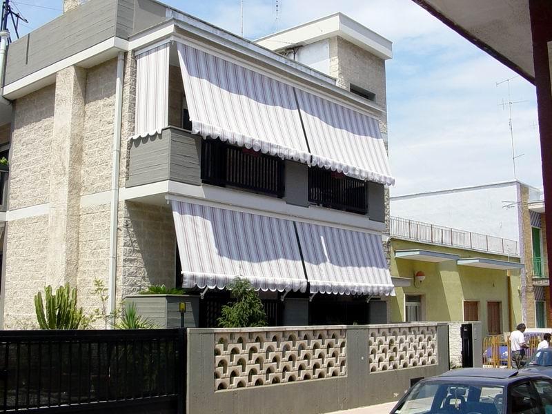 Tende Da Esterno Per Balconi.Tenda Da Balcone Tende Da Sole Progettazione E Realizzazione Di